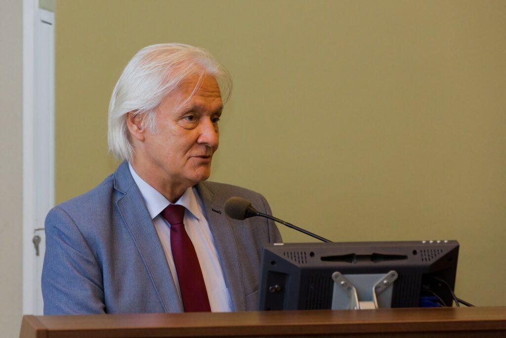 Prof Jawień